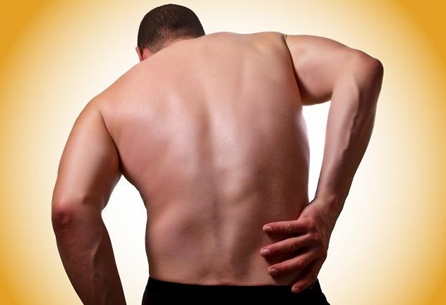 Боль в области желудка отдающая в спину