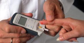 Почему резко падает сахар в крови у диабетиков?